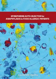 Epinephrine auto-injector for anaphylaxis in food-allergic patients
